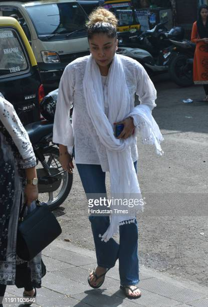 Television actor Diandra Soares during the funeral of Television actor Kushal Punjabi at Santa Cruz crematorium on December 28 2019 in Mumbai India...