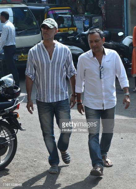 Television actor Rajesh Khera during the funeral of Television actor Kushal Punjabi at Santa Cruz crematorium on December 28 2019 in Mumbai India...