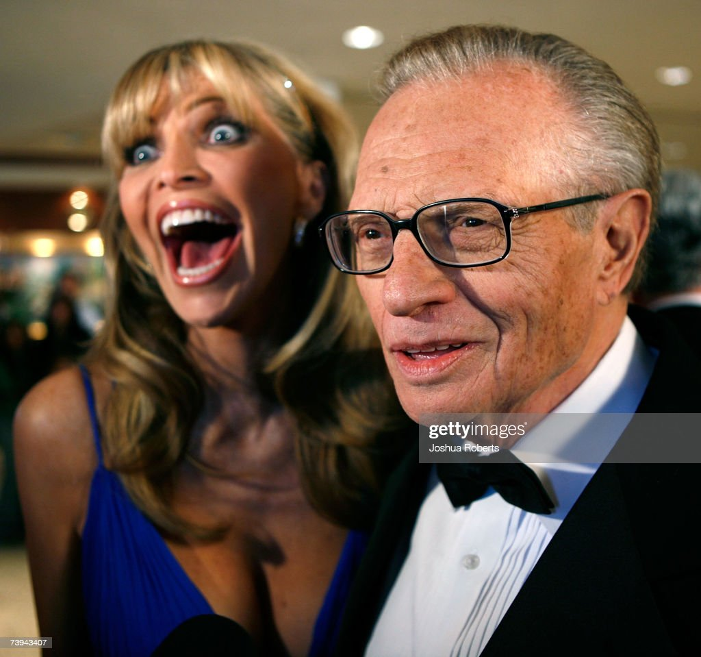 Television broadcaster/host Larry King and his wife Shawn Southwick arrive at the White House Correspondents' Association Dinner in April 21, 2007 in Washington, DC.
