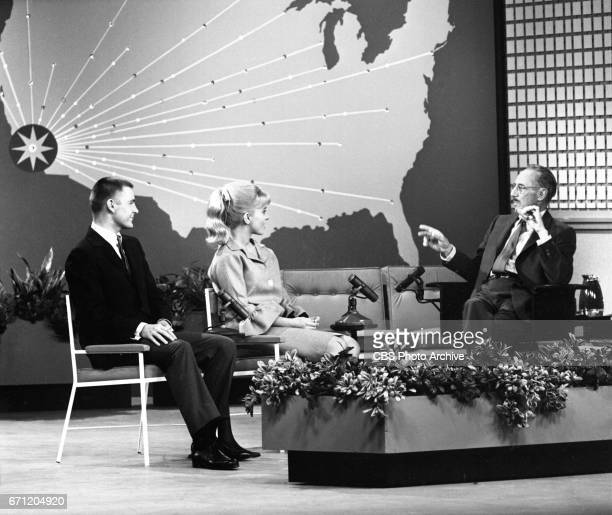 CBS television comedy / interview program Tell It To Groucho hosted by Groucho Marx Image dated December 6 1961 Los Angeles CA Grouch Marx with show...