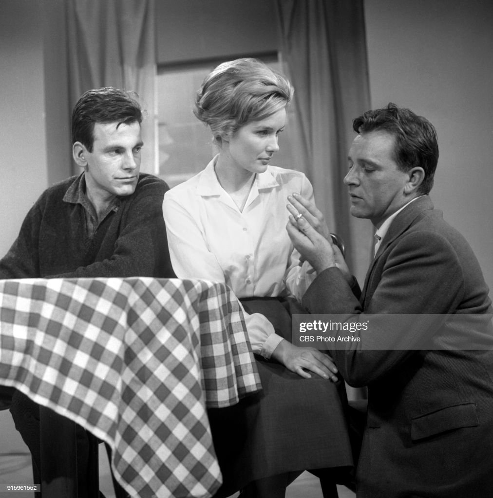 CBS television dramatic anthology series, Buick Electra Playhouse features a television adaptation of Ernest Hemingways The Fifth Column. From left: Maximilian Schell (as Max), Sally Ann Howes (as Dorothy Bridges) and Richard Burton (as Philip Rawlings) Image dated January 11, 1960. New York, NY. Originally broadcast January 29, 1960.