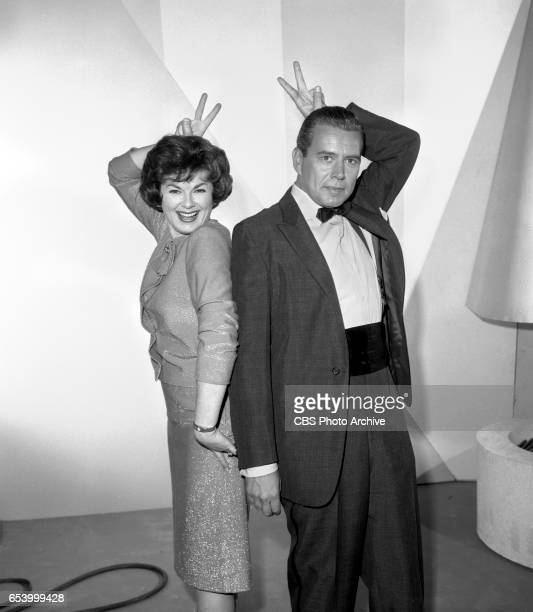 CBS television game show Stump the Stars Features from left Barbara Hale John Forsythe Image dated January 11 1963