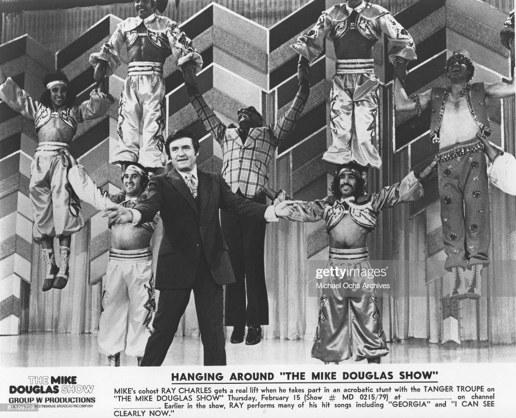 """The Mike Douglas Show"" Still : News Photo"
