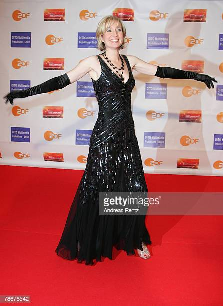 Television hostess Babette Einstmann arrives at the red carpet to the 'Danke Dieter Thomas Heck 70th birthday gala' on December 29 2007 in Berlin...