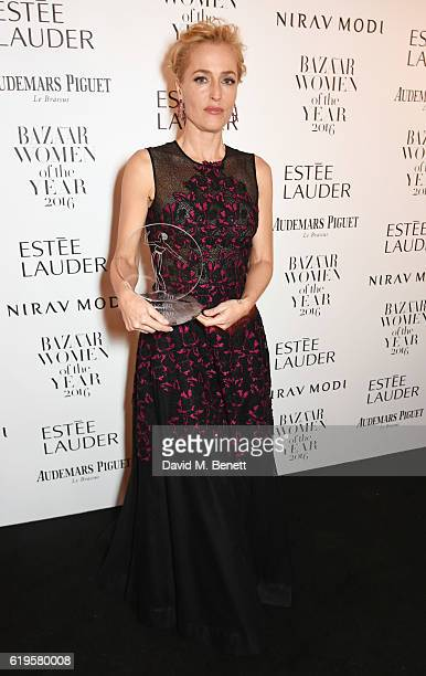 Television Icon award winner Gillian Anderson attends the Harper's Bazaar Women of the Year Awards 2016 at Claridge's Hotel on October 31 2016 in...