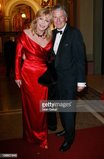 Television journalist Klaus Bresser and his wife Evelyn Bresser attend the Sportpresseball 2010 at Alte Oper on November 6 2010 in Frankfurt am Main...