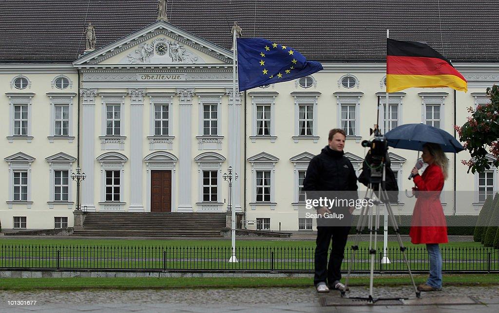 German President Horst Koehler Resigns : News Photo