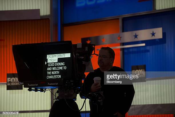 A television monitor displays opening remarks ahead of the Republican presidential candidate debate at the North Charleston Coliseum and Performing...