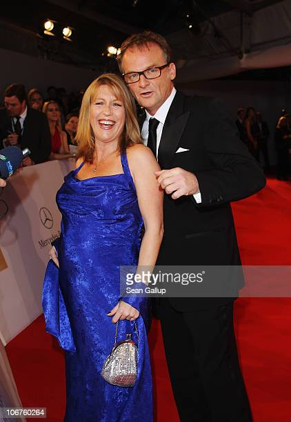 Television news show presenter Frank Plasberg and his wife Anne Gesthuysen arrive for the Bambi 2010 Award at Filmpark Babelsberg on November 11,...
