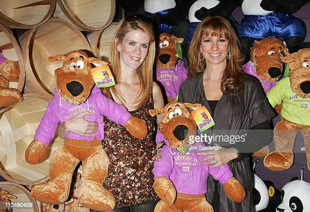 Television personalities Alex McCord and Jill Zarin attends Kids Day at Carnival at Bowlmor Lanes on October 10 2009 in New York City
