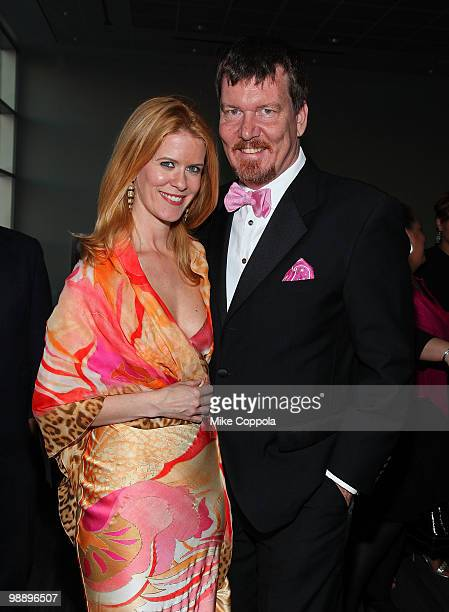 Television personalities Alex McCord and Simon Van Kempen attend The American Cancer Society's 2010 Pink and Black Tie Gala at Steiner Studios on May...