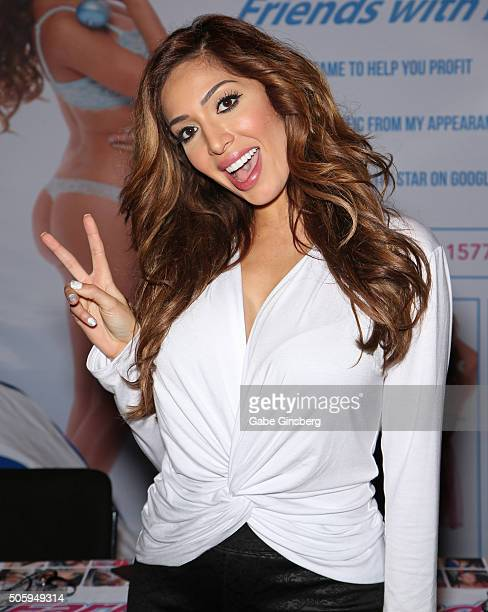 Television personality and adult film actress Farrah Abraham attends the 2016 AVN Adult Entertainment Expo at the Hard Rock Hotel Casino on January...