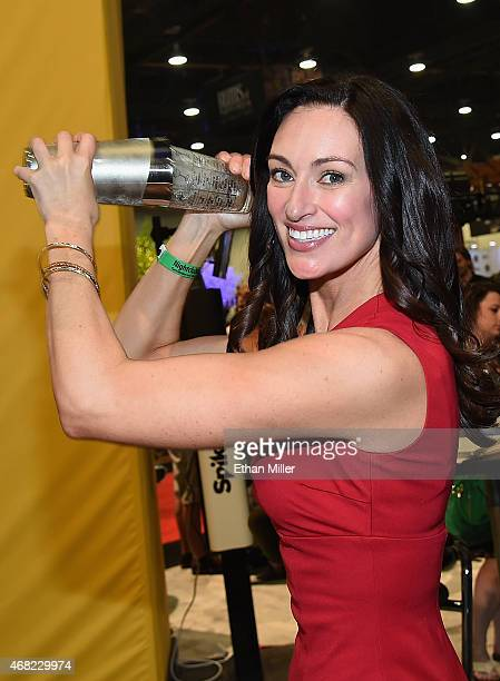 Television personality and bartender Mia Mastroianni makes a drink during 30th annual Nightclub Bar Convention and Trade Show at the Las Vegas...