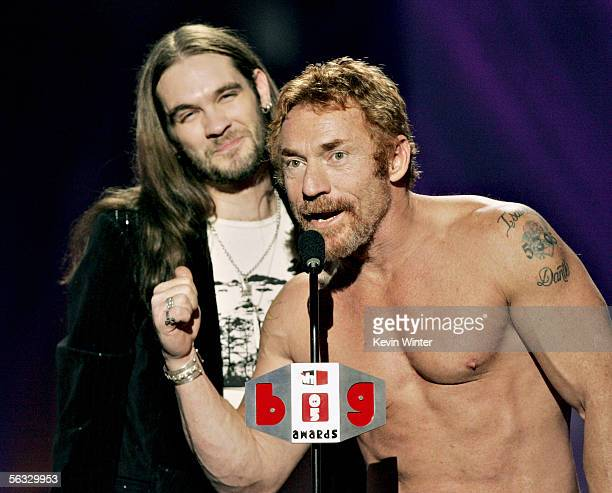 Television personality Bo Bice accepts his award for Big Reality Star with actor/nominee Danny Bonaduce onstage at the VH1 Big In '05 Awards held at...