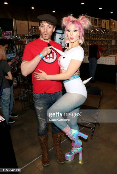Television personality JD Scott and model Annalee Belle attend the Seventh Annual Amazing Las Vegas Comic Con at the Las Vegas Convention Center on...
