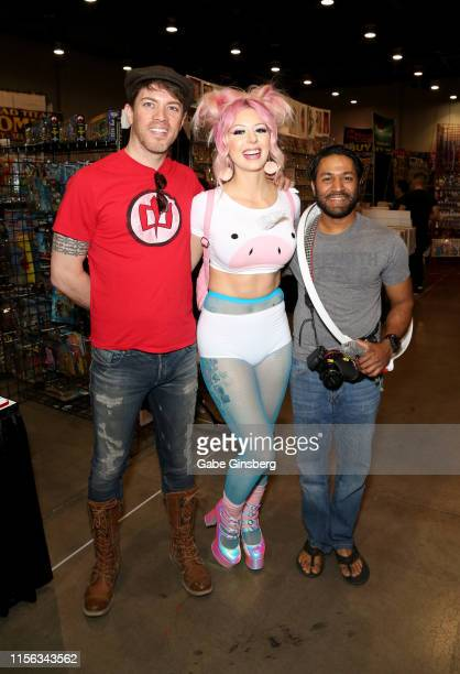 Television personality JD Scott model Annalee Belle and photographer Kristoff Lutchman attend the Seventh Annual Amazing Las Vegas Comic Con at the...