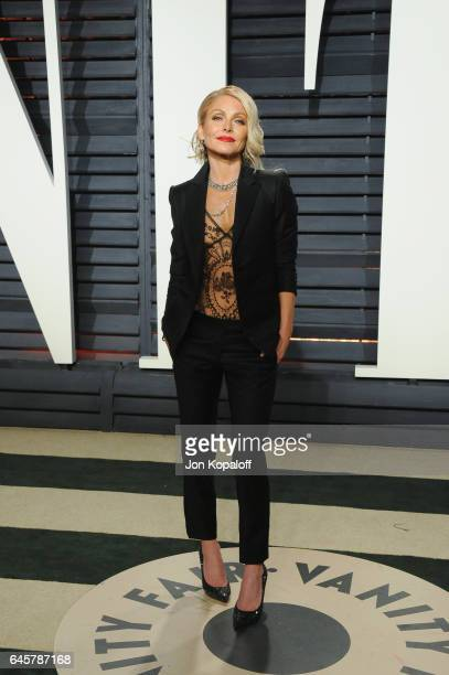 Television personality Kelly Ripa attends the 2017 Vanity Fair Oscar Party hosted by Graydon Carter at Wallis Annenberg Center for the Performing...