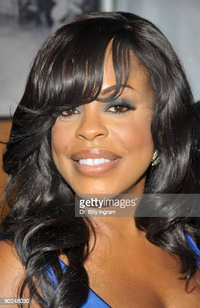 Television personality Niecy Nash arrives at the 19th Annual NAACP Theatre Awards on August 31 2009 in Los Angeles California