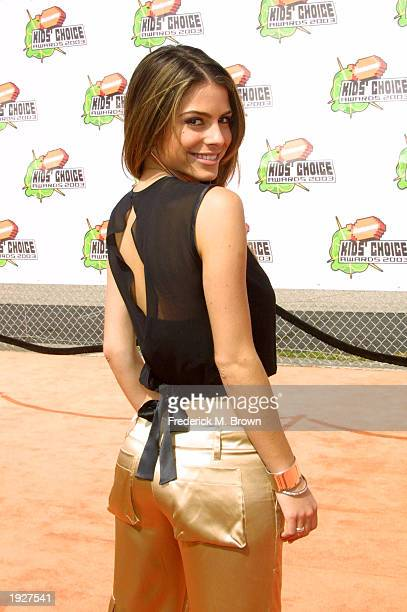 Television personality of Entertainment Tonight Maria Menounos attends Nickelodeon's 16th Annual Kids' Choice Awards at the Barker Hangar April 12...