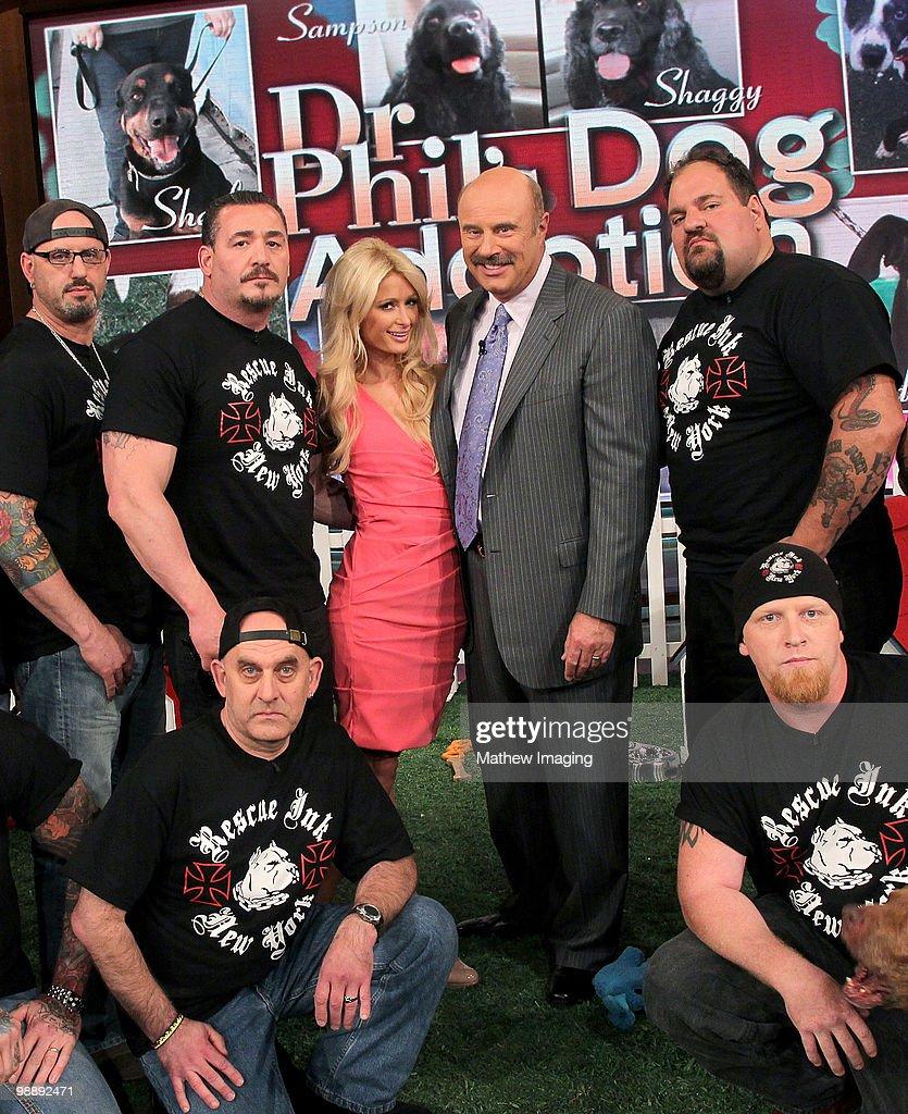 """Paris Hilton Visits """"The Dr. Phil Show"""" : Nieuwsfoto's"""