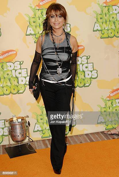 Television personality Paula Abdul arrives at Nickelodeon's 2009 Kids' Choice Awards at Pauley Pavilion on March 28, 2009 in Westwood, California.