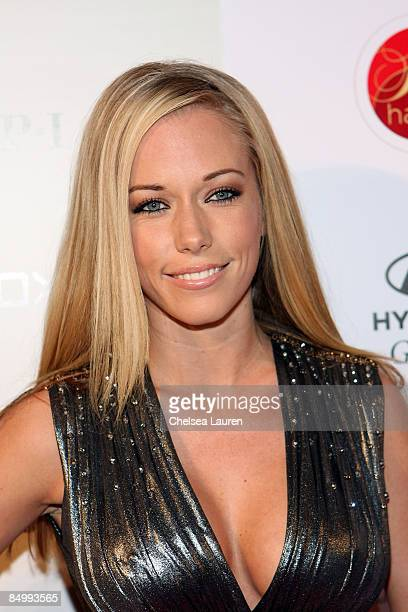 Kendra russell stock photos and pictures getty images television personality playmate kendra wilkinson arrives at russell simmons yansi fugel and born uniqorn fashion pmusecretfo Image collections