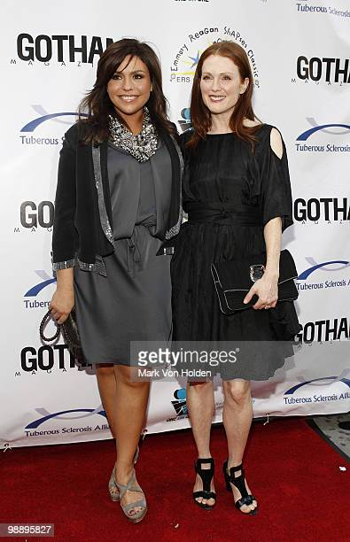 Television Personality Rachael Ray And Actress Julianne Moore Attends The 2010 Comedy For A Cure To