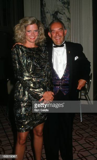Television Personality Robin Leach and wife Judith Ledford attend Muscular Dystrophy Association Humanitarian Awards Gala on August 30 1988 at the...