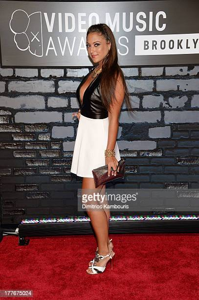 Television personality Sammi 'Sweetheart' Giancola attends the 2013 MTV Video Music Awards at the Barclays Center on August 25 2013 in the Brooklyn...