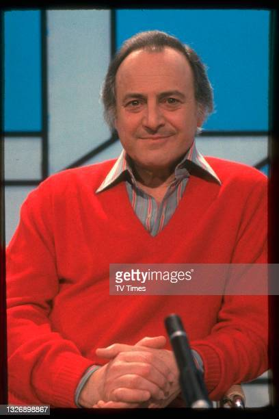 Television presenter David Jacobs during an appearance on game show Punchlines, circa 1983.