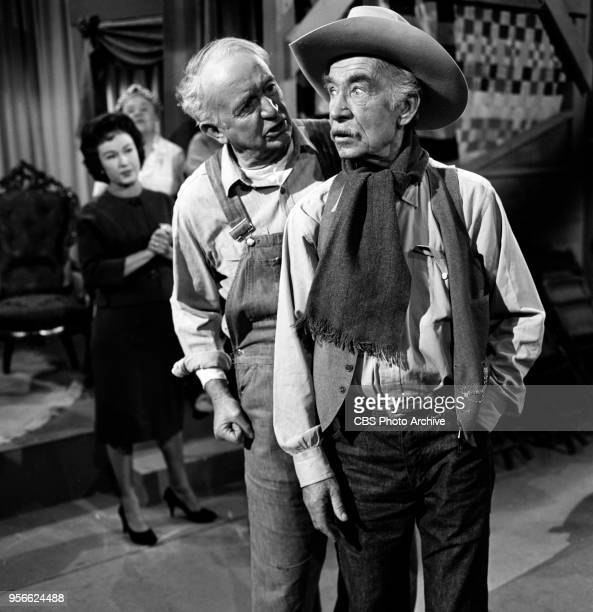 CBS television rural comedy The Real McCoys Episode Theater In The Barn originally broadcast April 6 1961 Pictured left to right Fay Wray Walter...