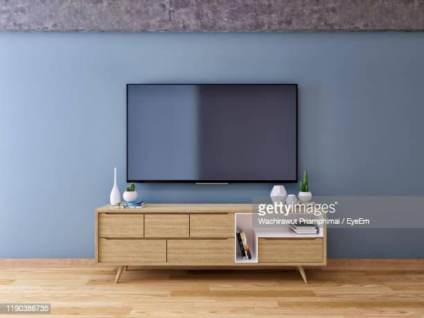 television set at home - television set stock pictures, royalty-free photos & images