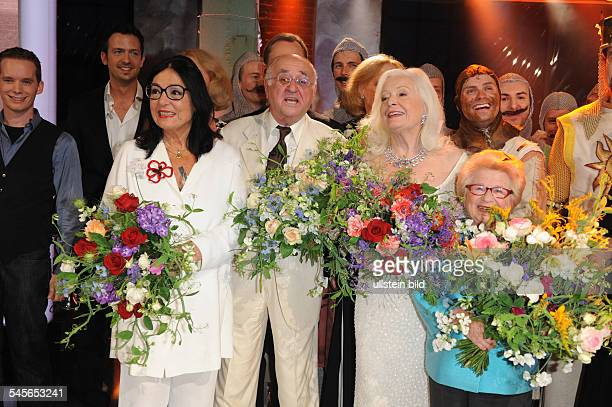 Television show Danke Bio in honour of the 75th birthday of Alfred Biolek Guests Nana Mouskouri Gwyneth Jones and Ruth Westheimer