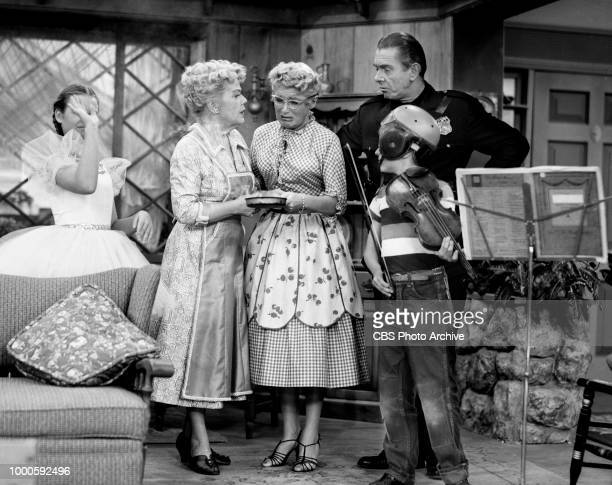 CBS television situation comedy program December Bride Episode Lily is Bored originally broadcast October 11 1954 Left to right Melinda Plowman...