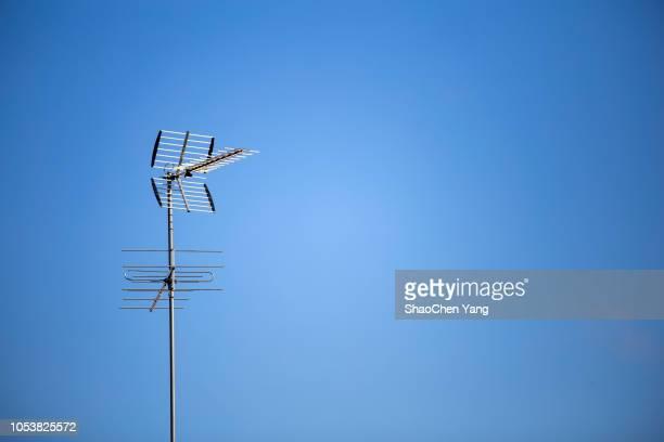 televison antenna cable - antenne stock-fotos und bilder