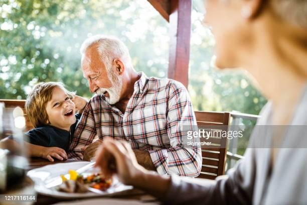 conte-me um avô secreto! - neto - fotografias e filmes do acervo