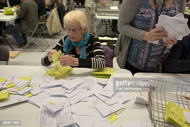 Tellers carrying out the counting of ballot papers at the count at Bidston Tennis Centre Wirral for the Wirral West constituency in the 2015 UK...