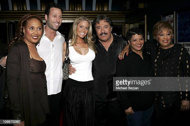 Telma Hopkins John Orlando Farrah Smith Tony Orlando Pam Vincent and Joyce Vincent