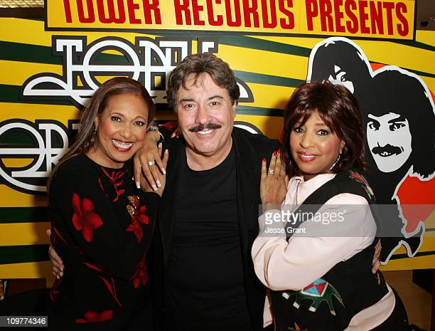 Telma Hopkins Tony Orlando and Joyce Vincent Wilson of Tony Orlando and Dawn