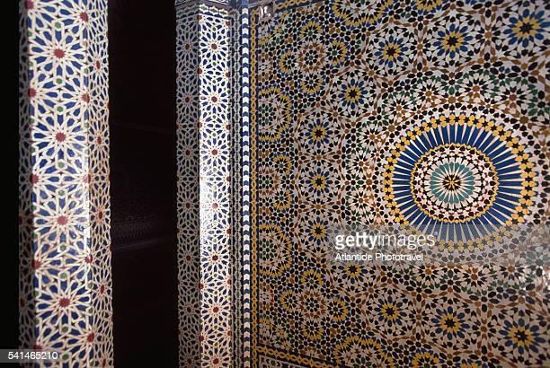 telouet kasbah, detail of a building - telouet kasbah photos et images de collection