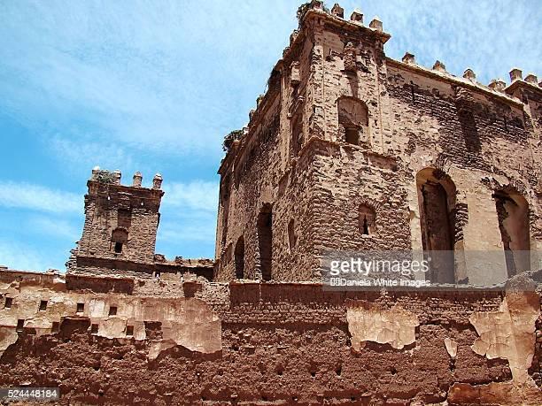telouet, morocco - telouet kasbah photos et images de collection