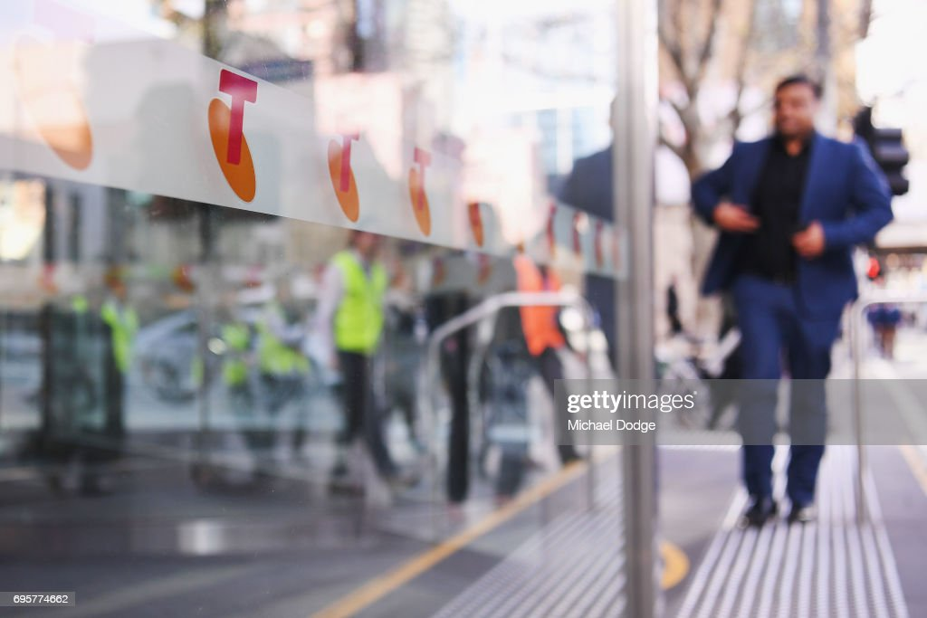 Telstra Set To Cut Hundreds Of Jobs To Account For Expected NBN Deficit : News Photo
