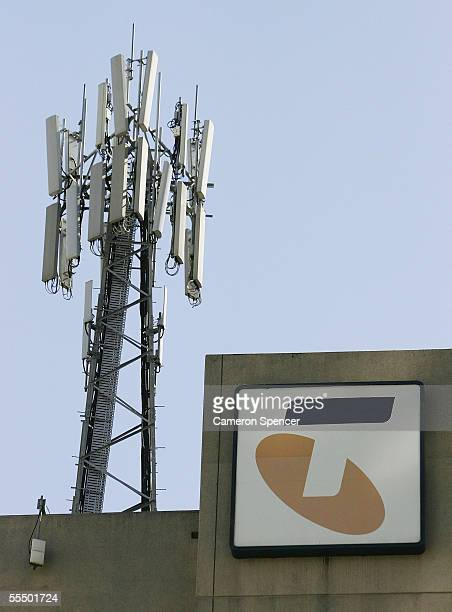 Telstra mobile phone tower is seen in North Sydney September 15 2005 in Sydney Australia The Federal Government has been approved to sell its share...