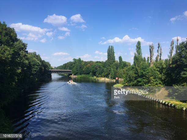 teltow canal in berlin at summer (steglitz district, berlin/ germany) - teltow canal stock pictures, royalty-free photos & images