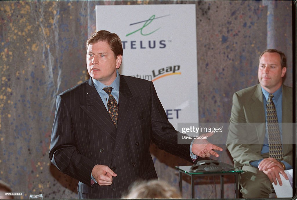 Telus President and CEO Darren Entwistle -left- and Clearnet    News