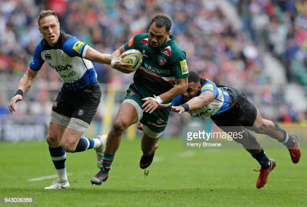Telusa Veainu of Leicester Tigers runs in to score a try during the Aviva Premiership match between Bath Rugby and Leicester Tigers at Twickenham...