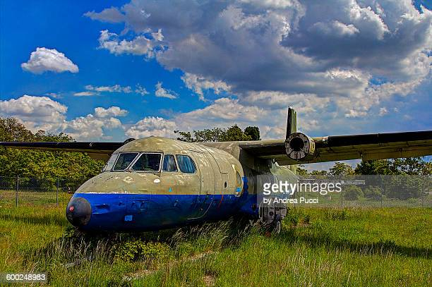 tempelhof airport, berlin, germany - berlin airlift stock pictures, royalty-free photos & images