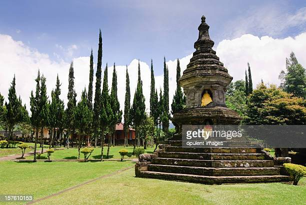 temple bali - lake bratan area stock pictures, royalty-free photos & images