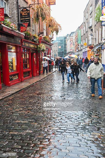 temple bar district - temple bar dublin stock photos and pictures