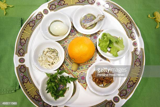 Temple Beth El Community Passover Seder The Seder Plate consists of symbolic foods that have an important significance in retelling the story of the...